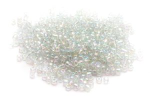 Seed beads 8/0 3mm Transp. AB