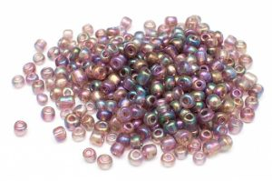 Seed beads 6/0, 4mm, Transp. lila AB