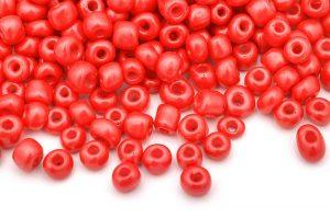 Seed beads 6/0, 4mm, Silky röd