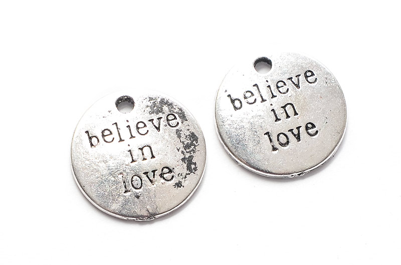 Antiksilver brickor Believe In Love 2st