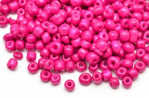 Seed beads 6/0, 4mm, Silky cerise