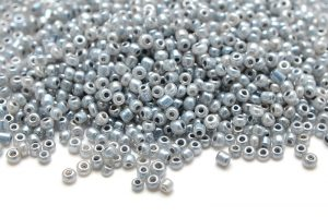 Seed beads 11/0, 2mm, Pärlimitation Grå
