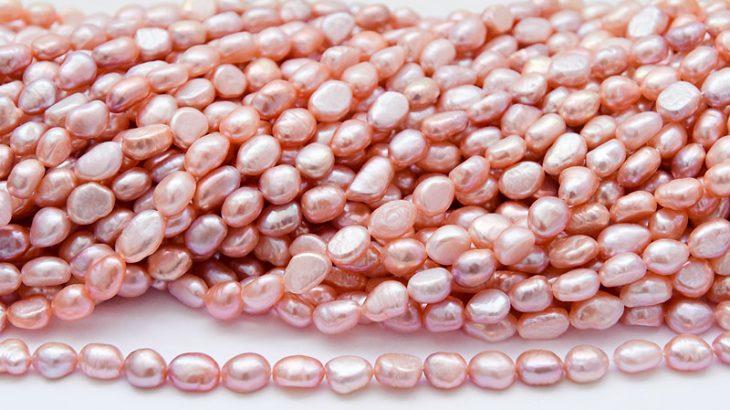 sötvattenspärlor naturligt rosa
