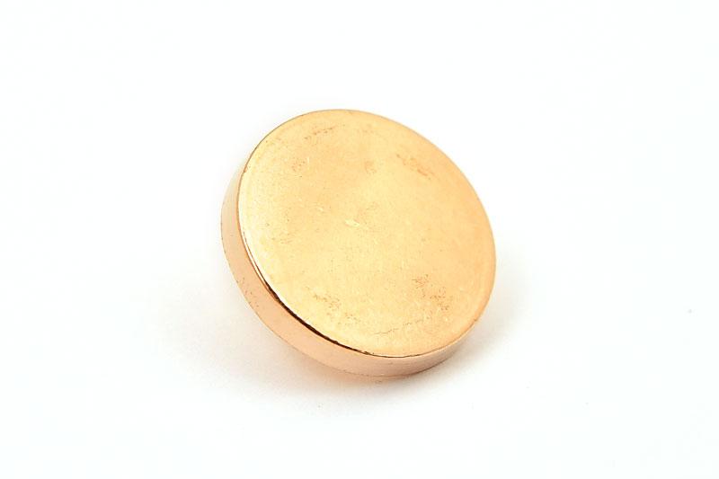 Guldpläterad metallknapp, slät 15mm