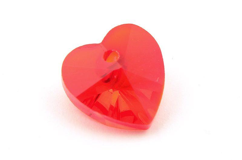 Glasberlock hjärta med pointback, Röd 10mm
