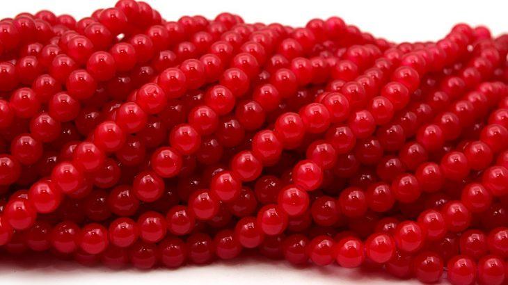 Jadeimitation Runda 8mm Röd