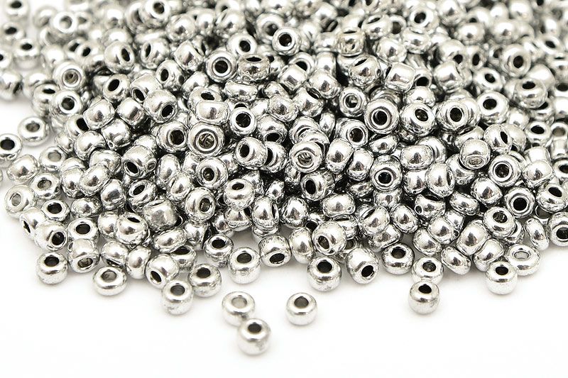 Seed beads 8/0, 3mm, Silver