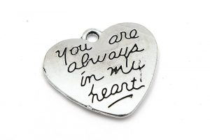 Antiksilver berlock, Hjärta med text: You are always in my heart