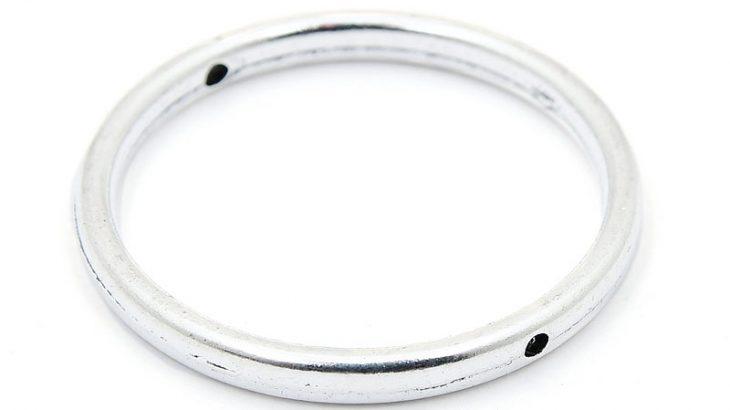 Stor ring connecter/berlock, Silverpläterad 32mm