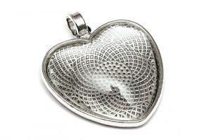 Antiksilver stomme Hjärta + cabochon, helt set