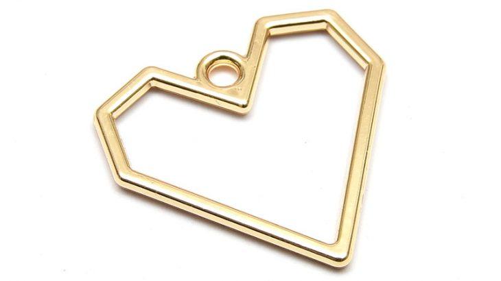 Berlock, Ljus guld, kantigt Hjärta 20mm