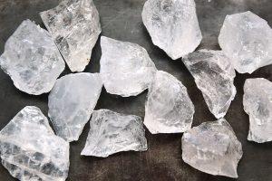 Råhuggen Bergskristall stor kristall utan hål ca 30-60mm