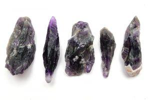 Råhuggen Ametist kristall utan hål