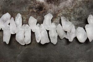 Rå bergskristallhänge Knubbig ofärgad